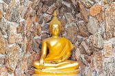 Buddha, in cave Thailand temple — Stockfoto