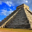 Chichen Itza equinox — Stock Photo