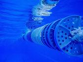 Corsia di nuoto con la riflessione sulla superficie — Foto Stock