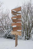 Wodden Signpost With Snow In Winter — Stock Photo
