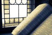 Eski İncil vitray tarafından yaktı — Stok fotoğraf