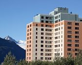 Old Army Housing in Whittier Alaska — Stock Photo