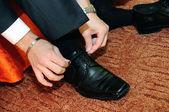 Noivo, sapatos calçados — Foto Stock