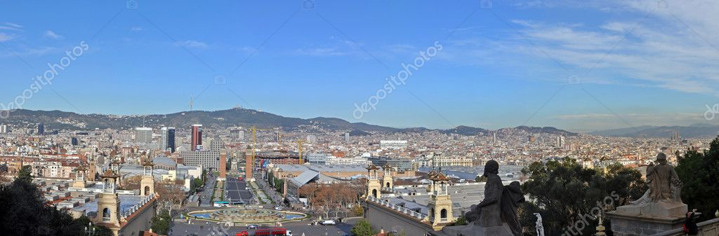 Panorama view of Barcelona in sunny day. — Stock Photo #6533779