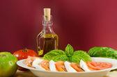 Pomodori e Mozzarella — Stock Photo