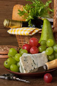Basket for picnic. — Stock Photo