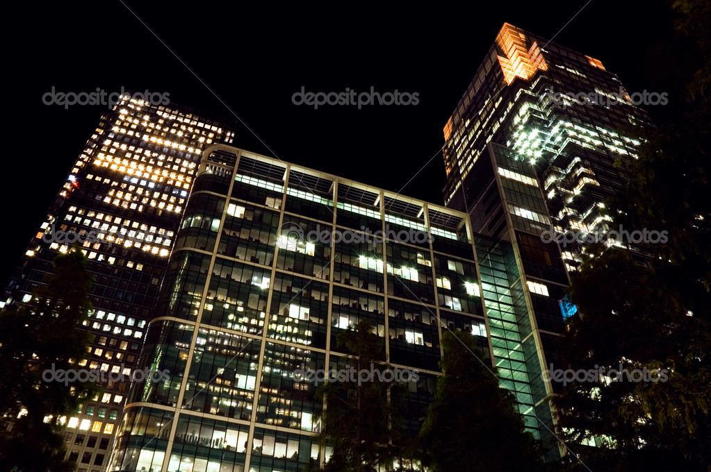Canary Wharf at night. London, UK — Stock Photo #6640563