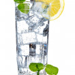 Glass of fresh cool water with lemon — Stock Photo