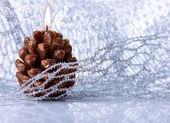 Decoración de vacaciones de navidad con vela festivo — Foto de Stock