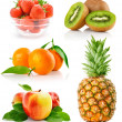 Set fresh fruits with green leaves — Stock Photo