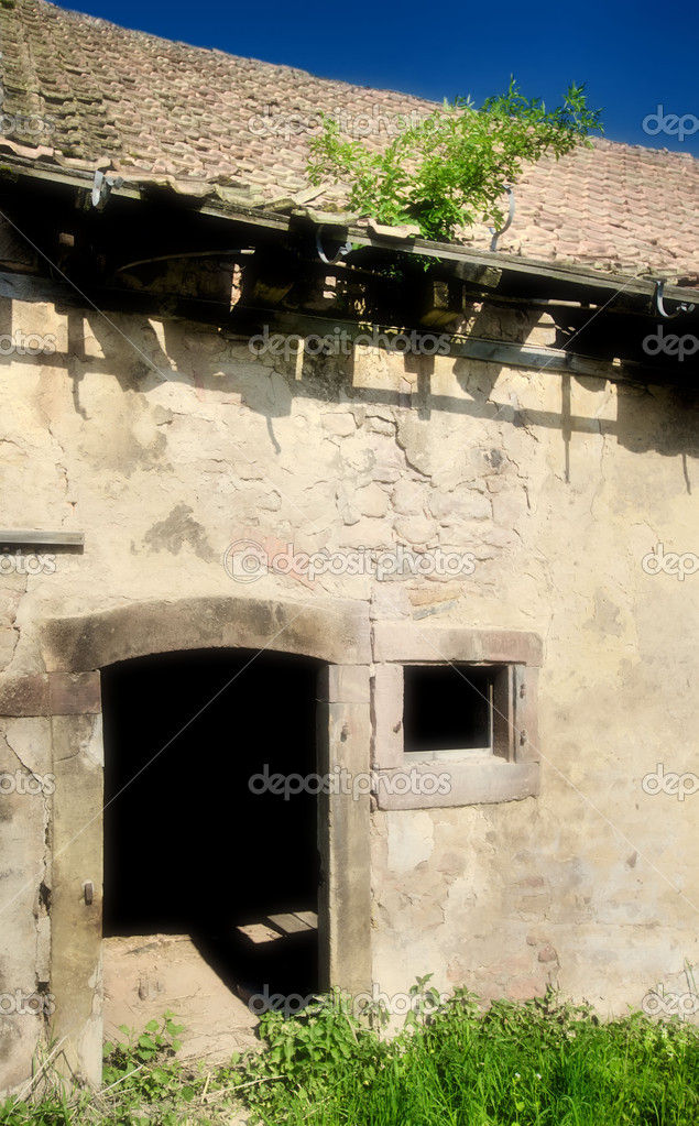 Abandoned Old House — Stock Photo #6584080