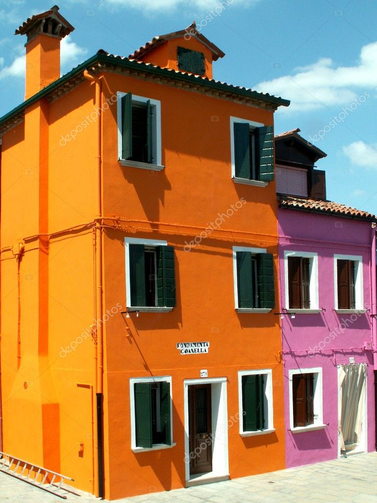 Colorful buildings in Burano  — Stock Photo #6593887