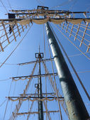 A boat masts and rigging — Stock Photo