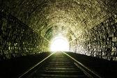 Tünelin sonunda ışık — Stok fotoğraf