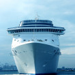 White cruise liner — Stock Photo
