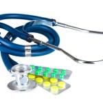 Stethoscope and pills — Stock Photo #6659967
