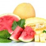 熟了切片的西瓜和甜瓜 — 图库照片