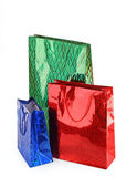 Kolorowe torby na zakupy na białym tle — Zdjęcie stockowe