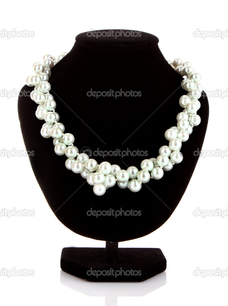 Pearl necklace on black mannequin — Stock Photo #6661117