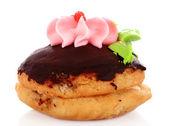 甜点-与巧克力和白奶油蛋糕 — 图库照片
