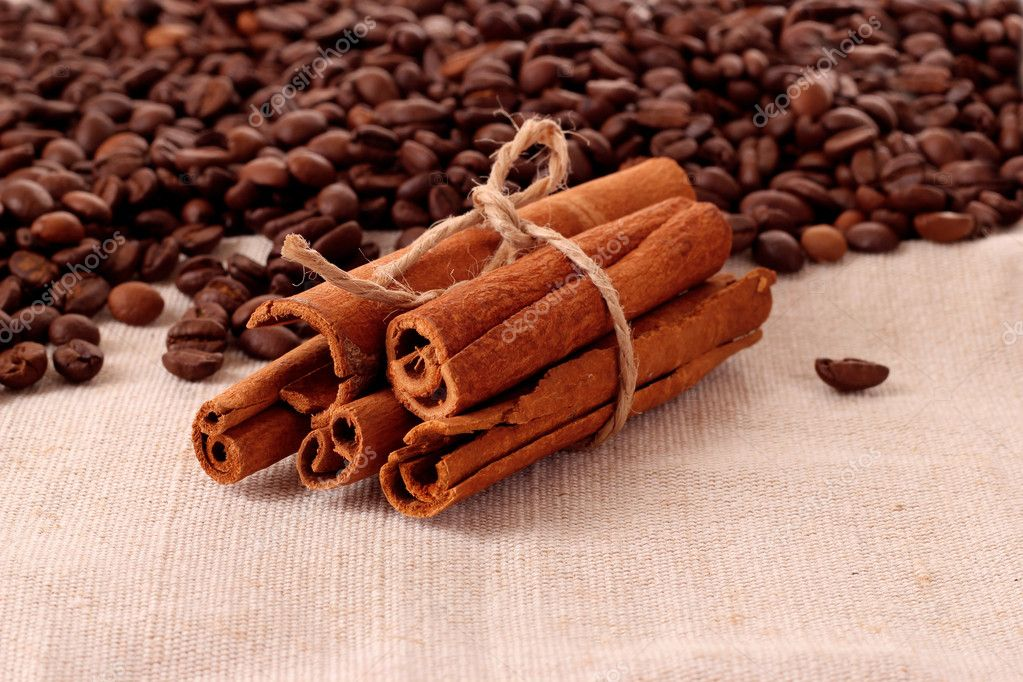 Coffee  and vanilla background — Stock Photo #6707267