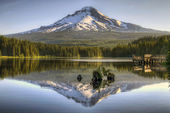 Mount Hood Reflection on Trillium Lake — Stock Photo