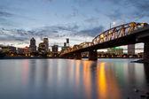 Portland Skyline and Hawthorne Bridge at Sunset — Stock Photo