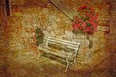 Staré lavice v pěkné patio