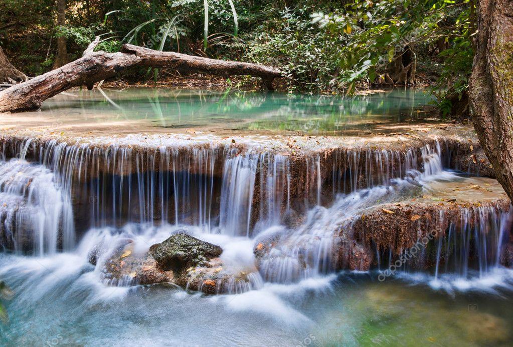 Фотообои Beautiful waterfall cascades