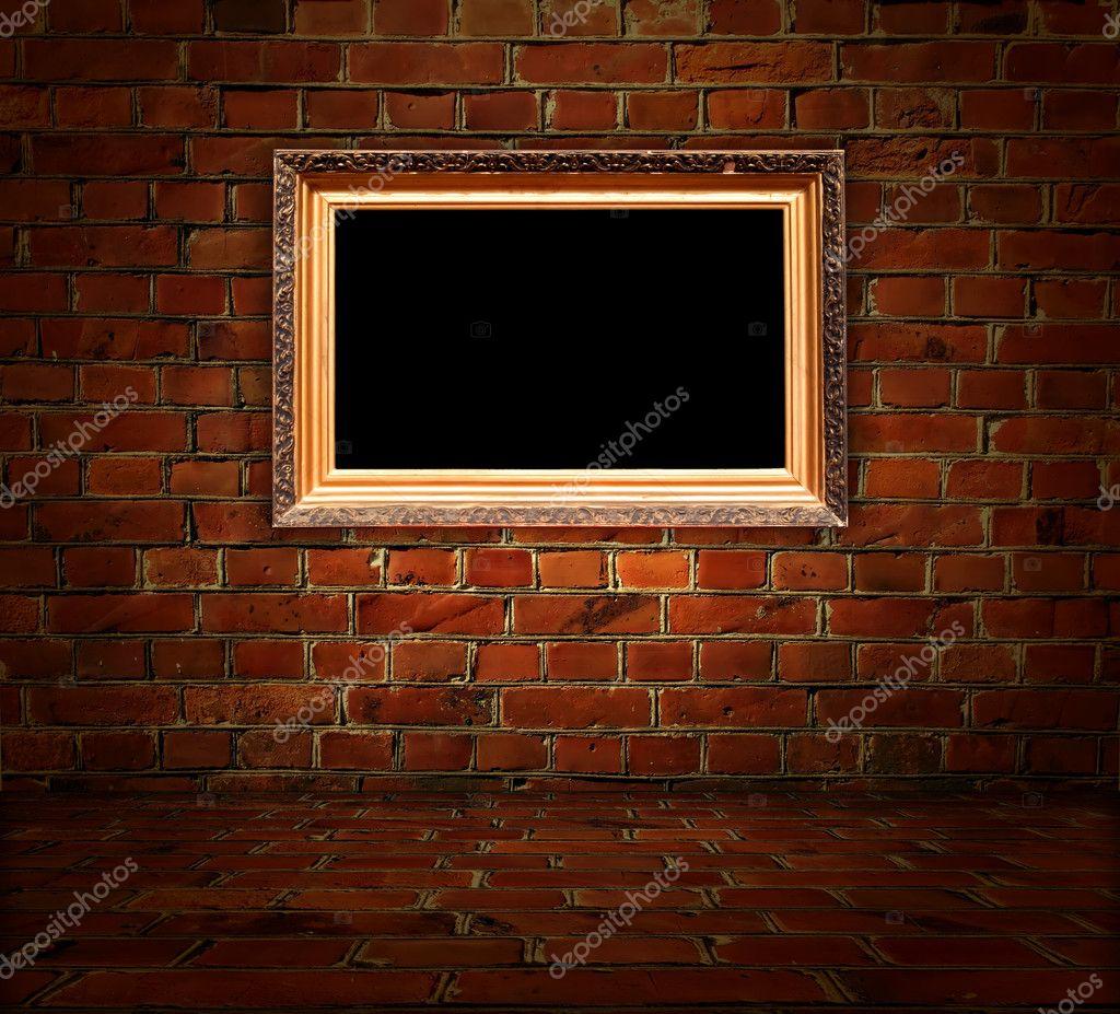 Bilderrahmen in Backstein-Zimmer — Stockfoto © Digifuture #5535135