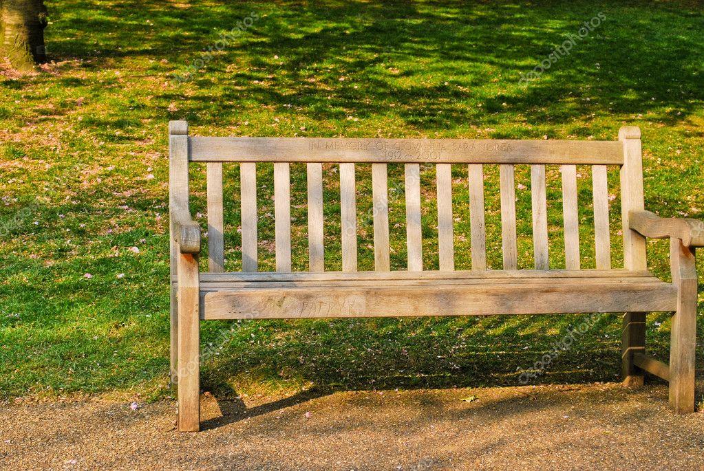 Tuinbank Hyde Park.Houten Bench In Hyde Park Stockfoto C Hudozhnytsya 6099749