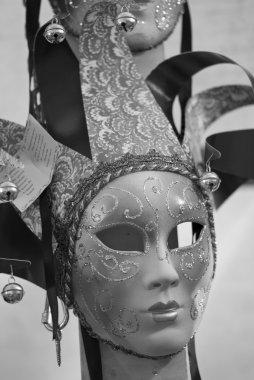 Masks in a Market