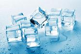 Fényképek olvadó jég-kocka