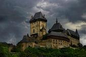 Fotografie starý hrad. bouřka