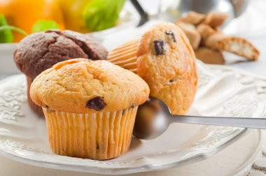 Muffin on dish