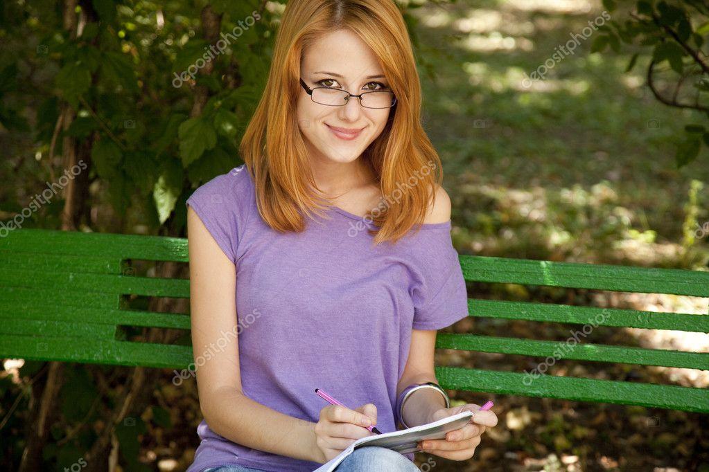 5Домашнее фото девушек в парке