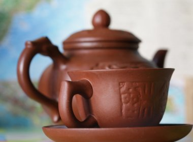 Tea in pottery cup