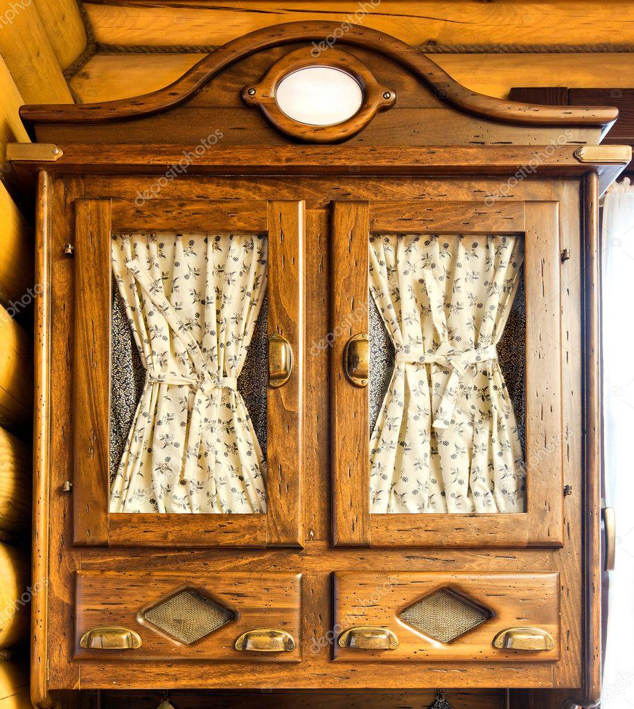 Vintage Holzmöbel — Stockfoto © Nomadsoul1 #5425047