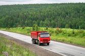 röd truck