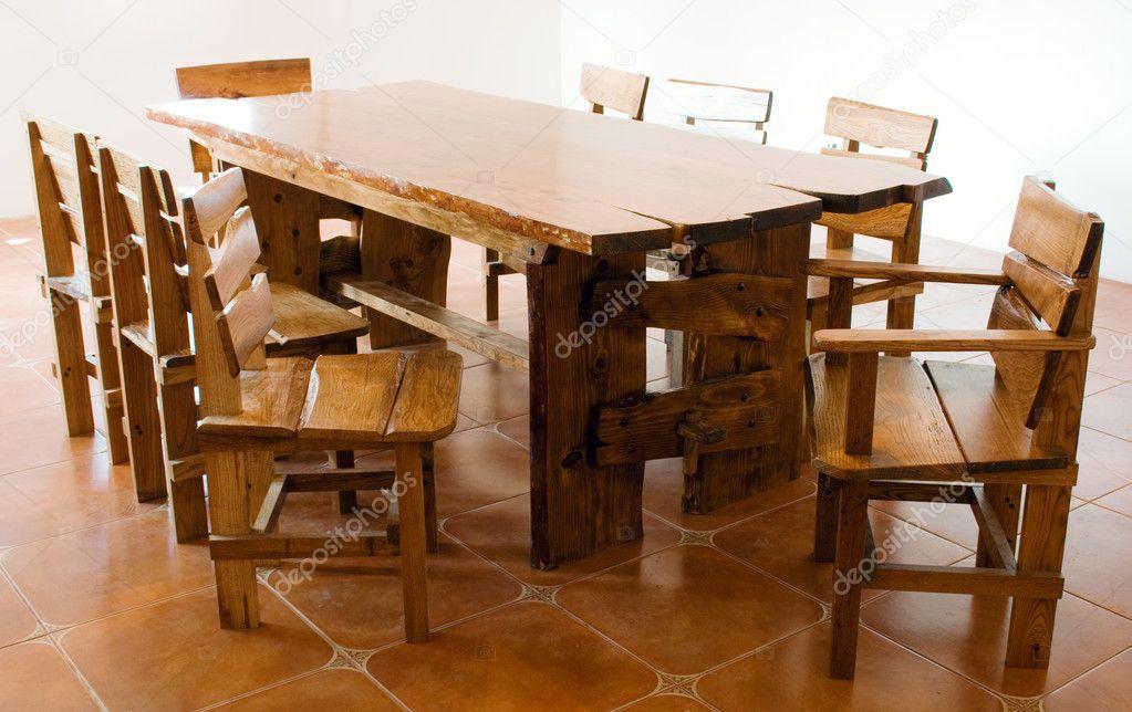 Grote Houten Tafels : Grote oude houten tafel u2014 stockfoto © gdolgikh #5728857