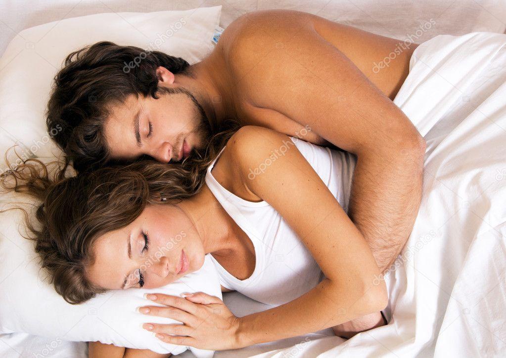 Вдвоем в постели фото
