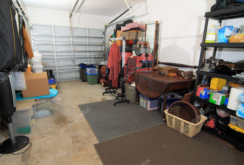 Garage Inrichting Gebruikt : Garage opslag u stockfoto rudyumans