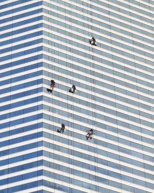 Cliffhanger Window Washers - 2