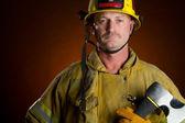 Fotografie hasič muž