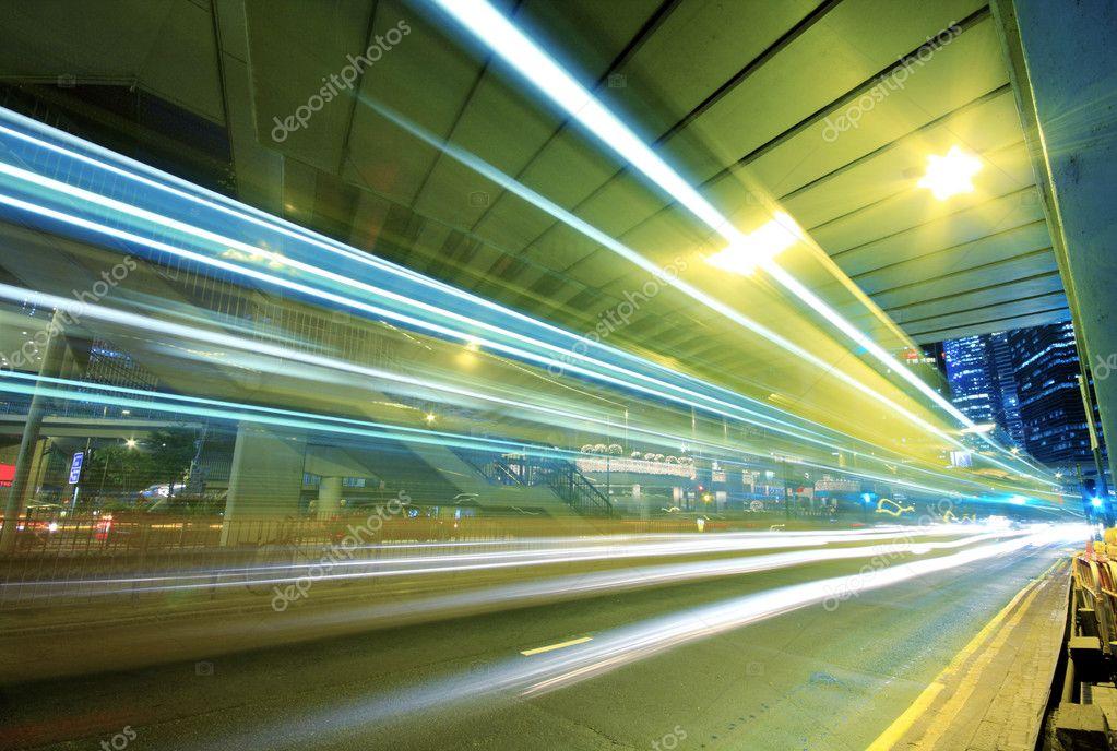 Фотообои Traffic through downtown