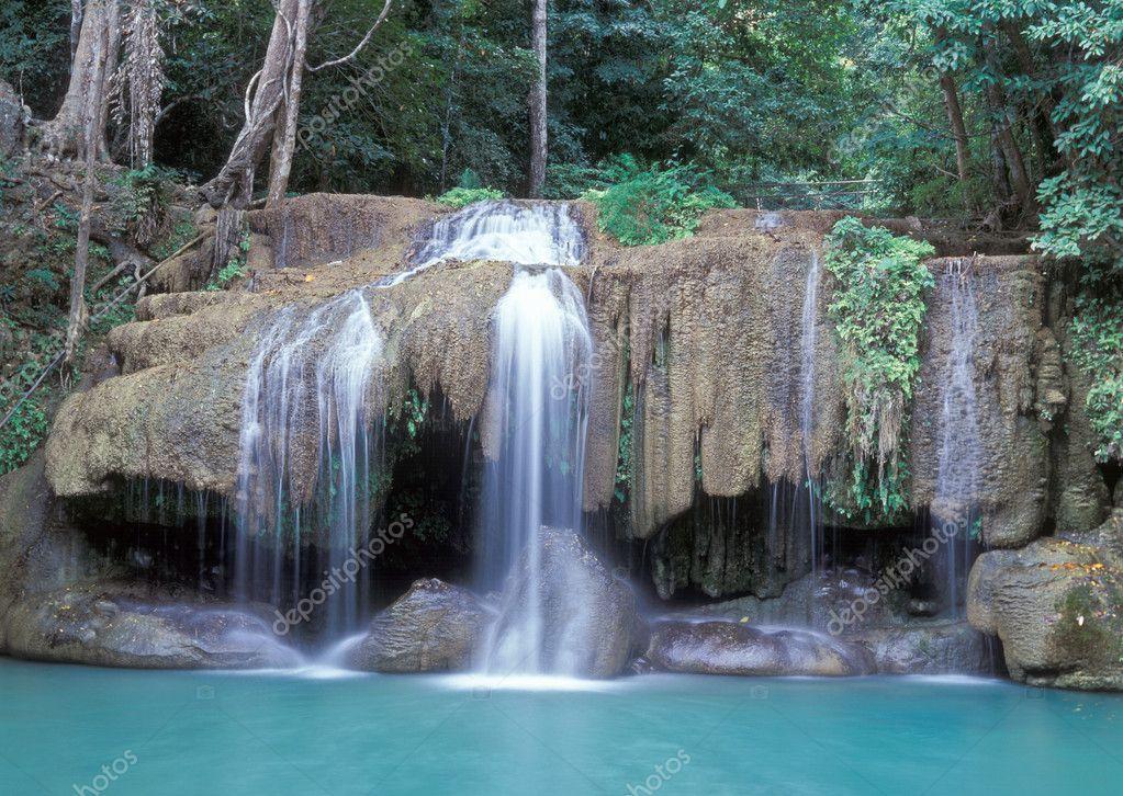 Фотообои Erawan Falls