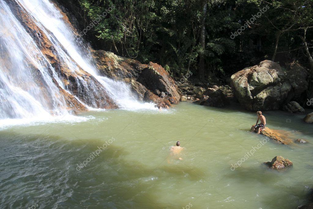 Cascata doccia koh samui thailandia u foto stock donsimon