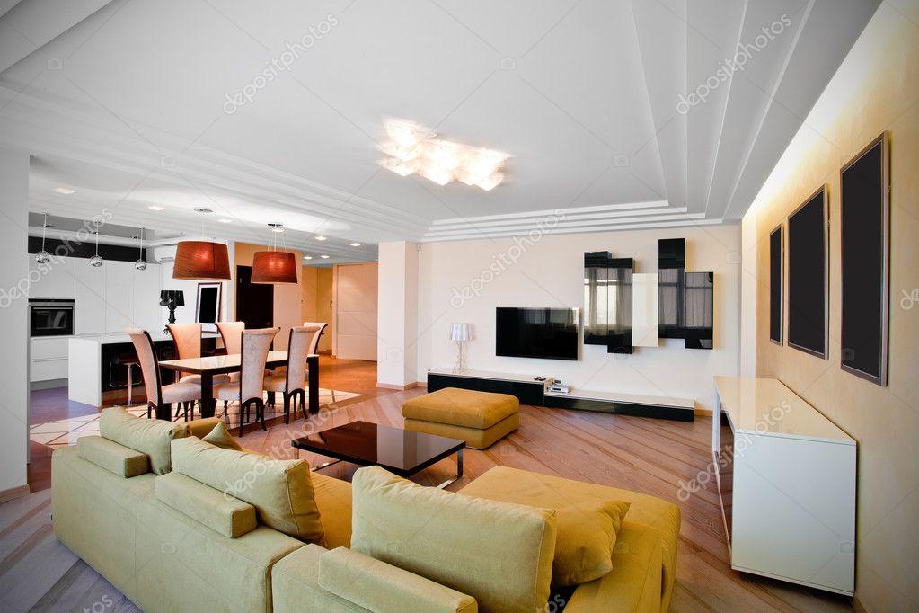 modernes Interieur von einem Salon in Licht Töne mit einer Art auf ...