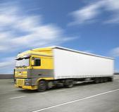 Fotografie White truck on highway