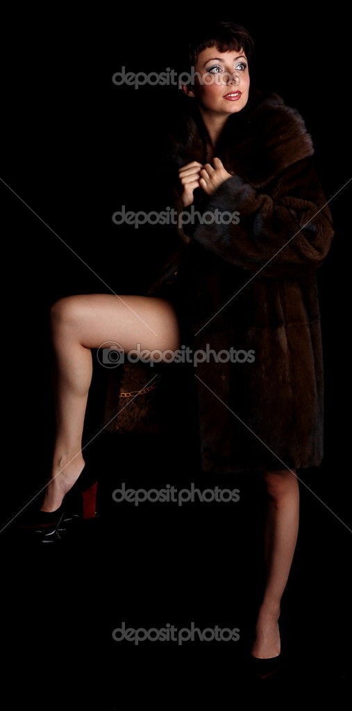 Women in fur nude phrase